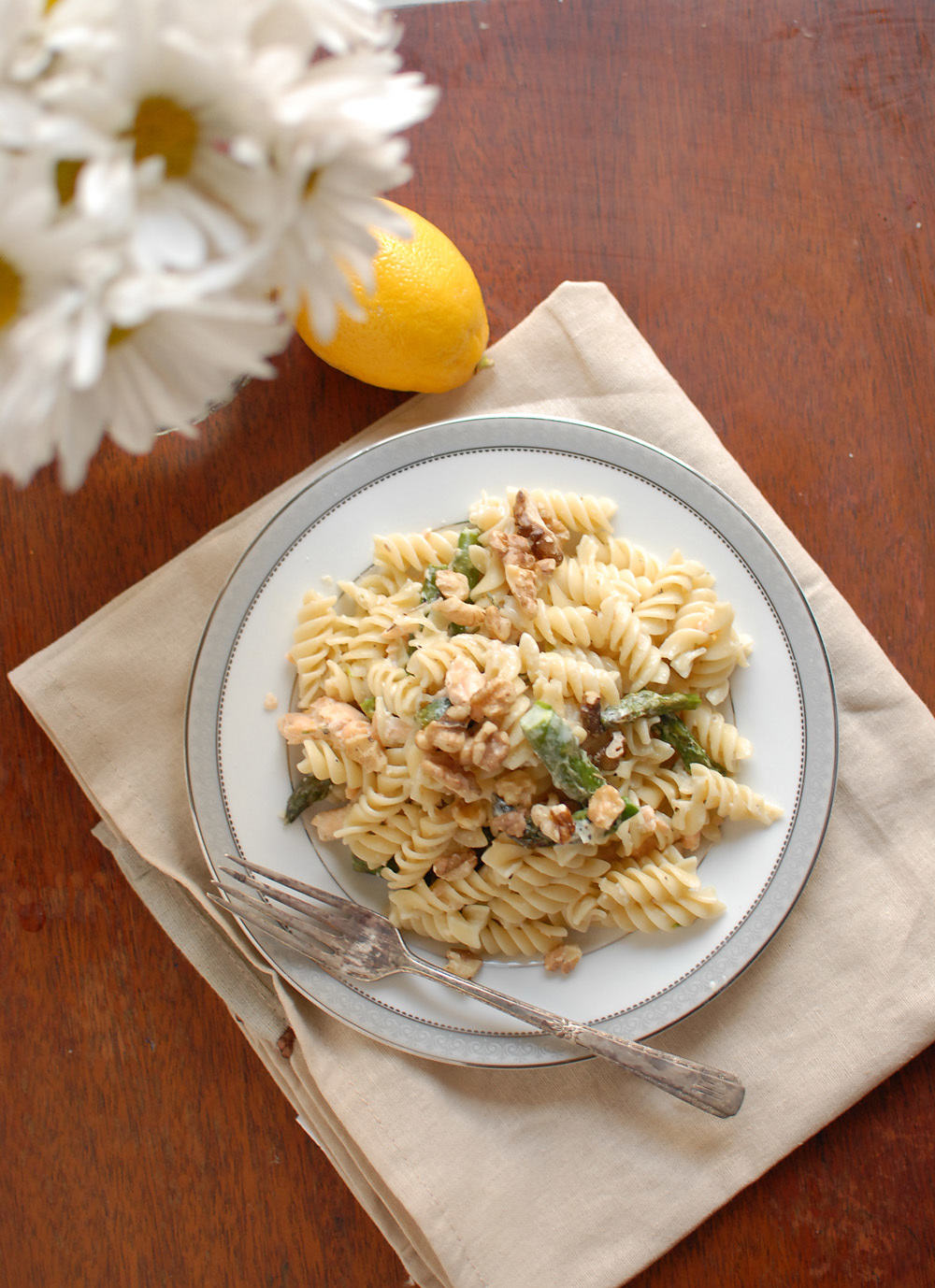 Tuna Tuesday (er..Wednesday) Salmon And Asparagus Pasta With Walnuts